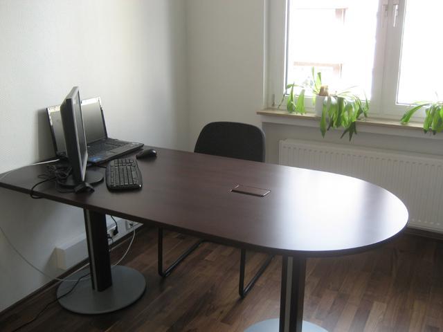 Büroschrank3